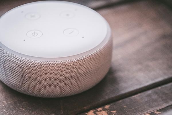 Bikin WFH Makin Nyaman dengan Bluetooth Speaker yang Menawan